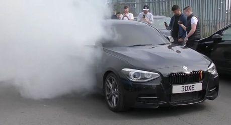改到400匹馬力的BMW M135i 燒胎給你聞香