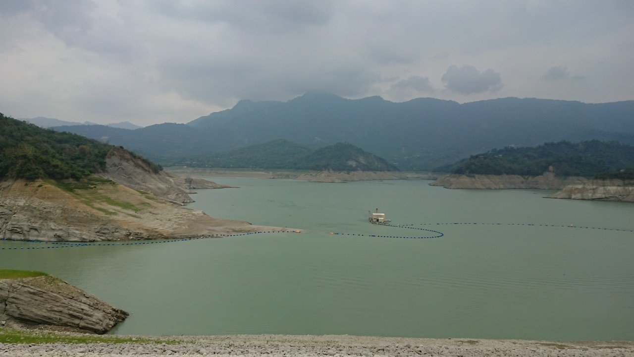 曾文水庫集水區上午累積雨量僅2毫米,對水情無明顯助益。記者吳淑玲/攝影