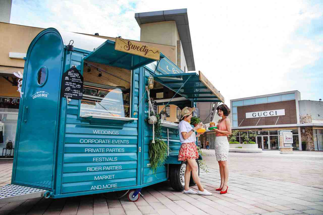 GOGOBOX全新餐車Sweety Box 首度亮相,提供手作甜點及沁涼氣泡飲。...