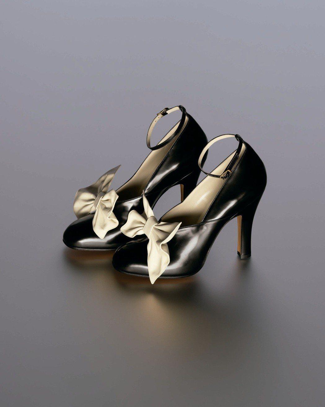 Ferragamo特選Creations博物館系列限量BELLA鞋款。圖/迪生提...