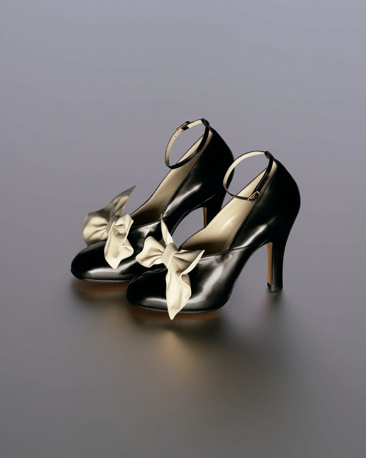 Ferragamo特選Creations博物館系列限量BELLA鞋款。圖/Fer...