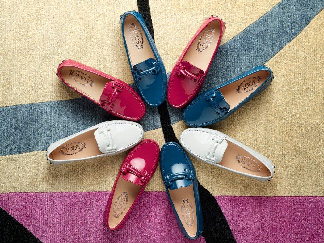 靈感源自五○年代駕車鞋的GOMMINO豆豆鞋,是TOD'S經典鞋款。圖/迪生提供