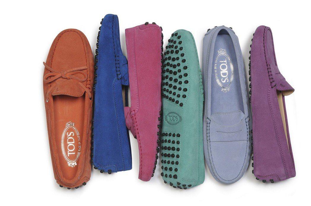 GOMMINO豆豆鞋運用簡單的款式做出顏色、流蘇等多樣的變化,無論正式或休閒場合...