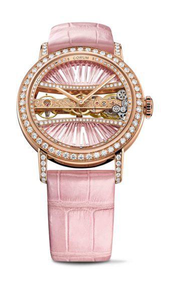 李晶晶配戴的崑崙金橋系列39毫米玫瑰金圓形鑽表,173萬9,000元。圖/崑崙表...