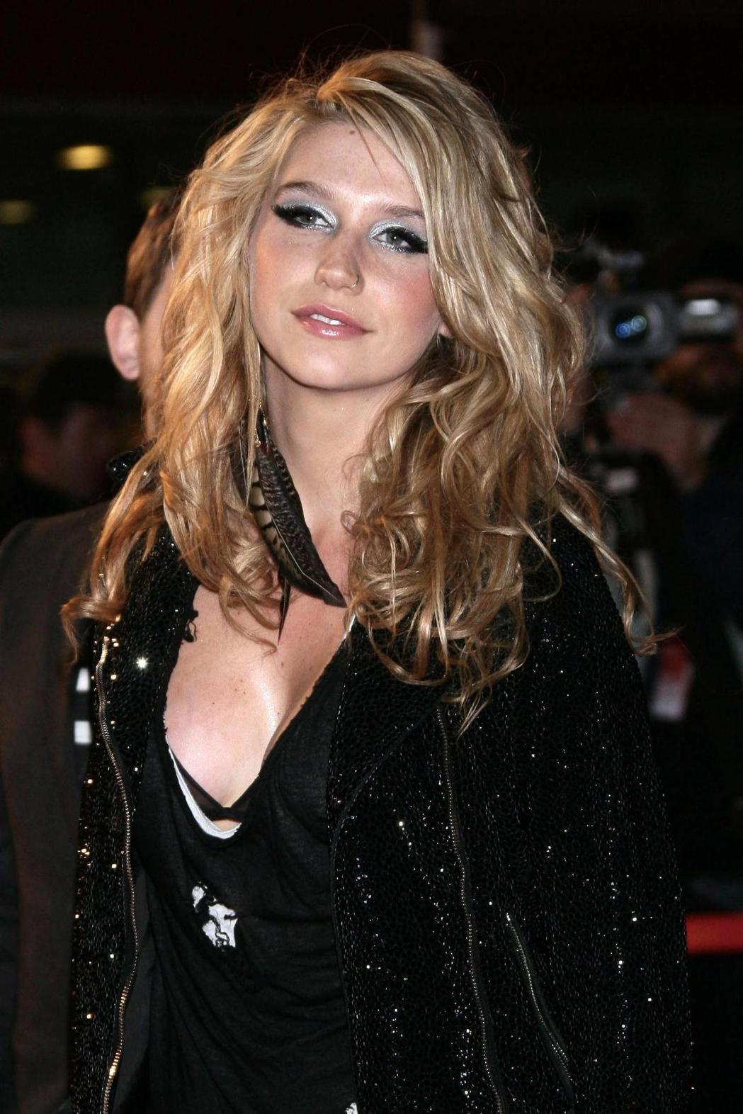 凱莎自曝遭到性侵,也踢爆同業其他女星曾遭到毒手。圖/歐新社資料照片