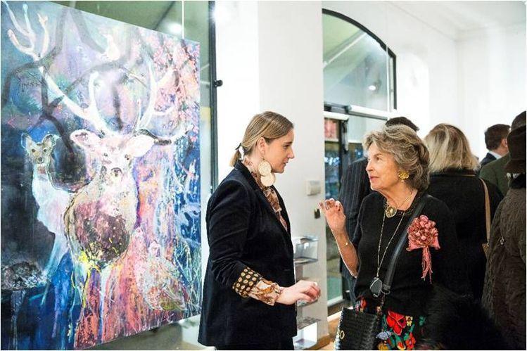 伯爵夫人與藝術家Elzbieta Radziwill。Sisley提供