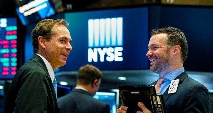 美股周四上漲反映的是經濟走強而非貨幣政策趨緊的影響。 路透