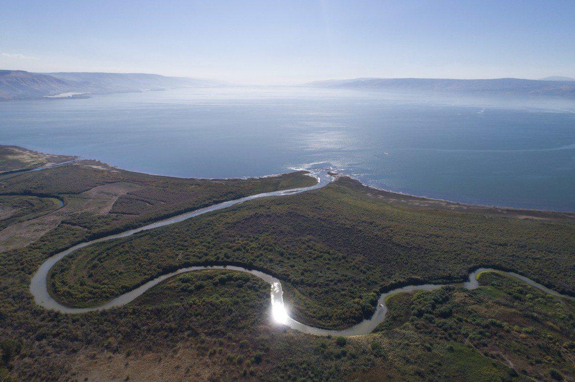 注水計畫將從2019年開始,希望在2022年前,每年向加利利海注入1億噸的淡化水...