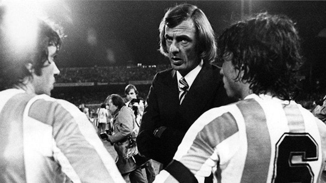 直到1978年世界盃結束之前,阿根廷境內所有28歲以下的職業選手,都不能在「未經...