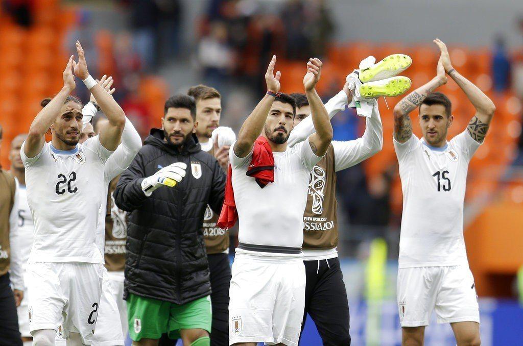烏拉圭辛苦以1:0擊敗埃及,中止48年世足首戰不勝魔咒。 美聯社