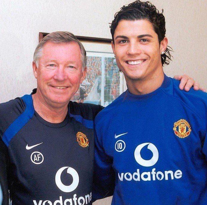 C羅在曼聯時遇到的教練佛格森,與他情同父子。圖/摘自IG
