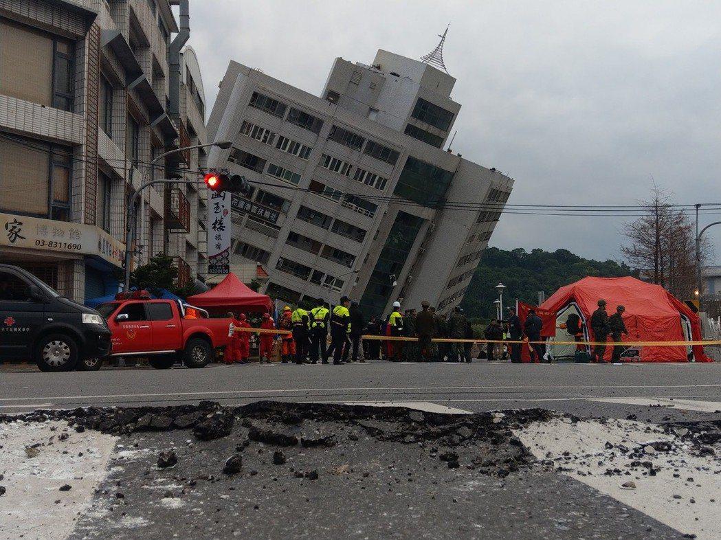檢方指出,雲門翠堤大樓倒塌原因為人為故意疏失,才造成14人死亡憾事。記者王燕華/...