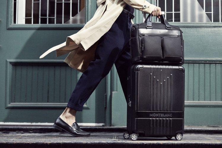 萬寶龍推出全新的#MY4810系列拉桿行李系列。圖/萬寶龍提供