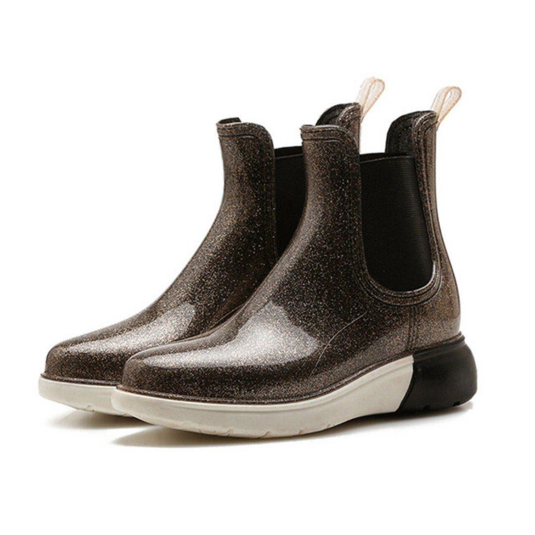 MUYU時尚防水防滑增高雨鞋,團購最低價499元。圖/愛合購提供