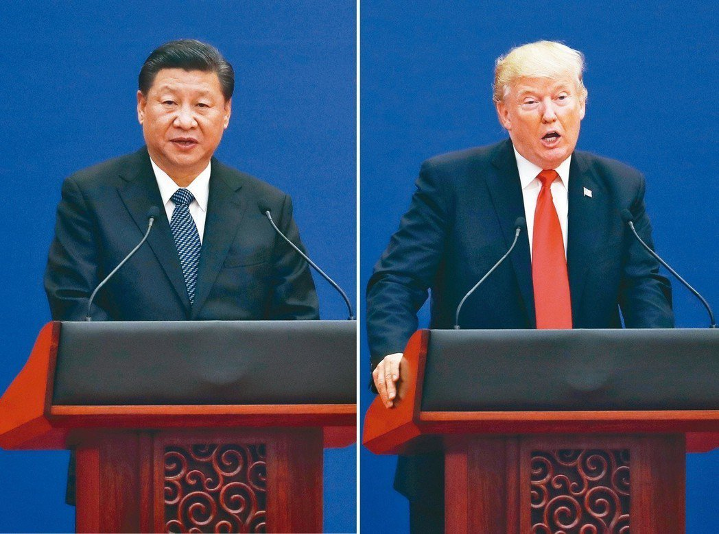美國總統川普(右)十五日宣布,將對自中國大陸進口總值約五百億美元的商品,課徵百分...