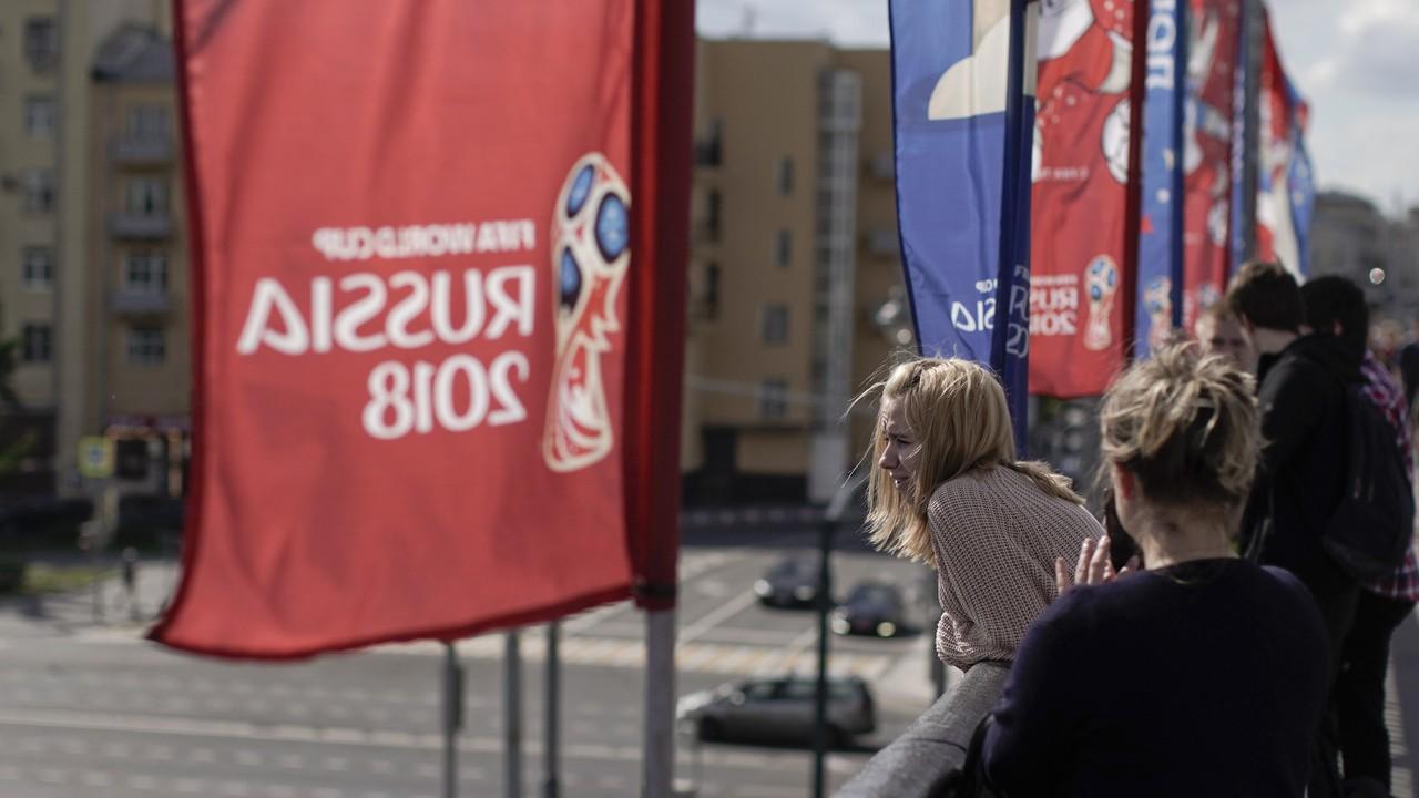 彭博資訊策略師柏恩指出,美元在世界盃足球賽事期間,表現都落後於其它G10貨幣。 ...