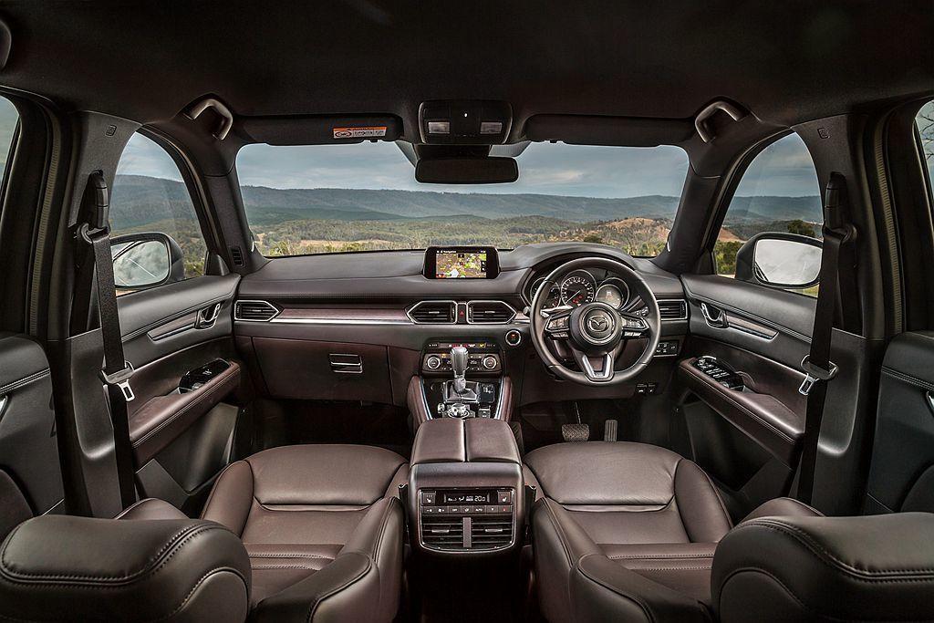 Mazda CX-8 Asaki AWD頂級車型,要價61,490元澳幣(約台幣137.9萬元),並標配天窗、真皮座椅、Bose音響系統、倒車顯影及19吋輪框。 圖/Mazda提供