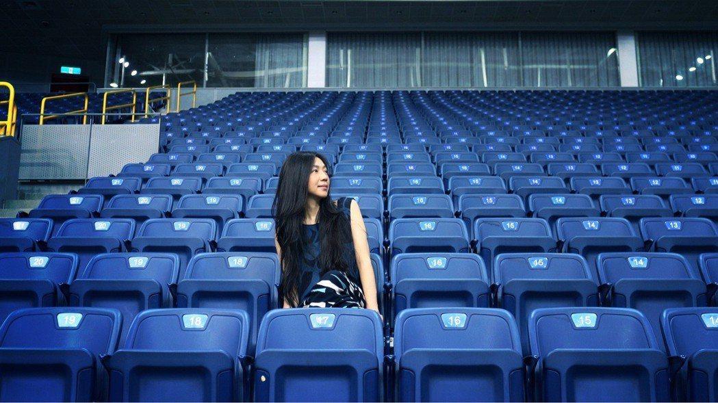 萬芳演唱會12月8日將在高雄巨蛋登場。圖/聯成娛樂提供