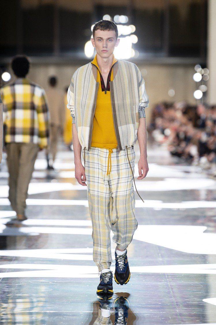 休閒服飾和正式西裝透過材質和色彩巧妙融合,呈現全新的都會男士情調。圖/Ermen...