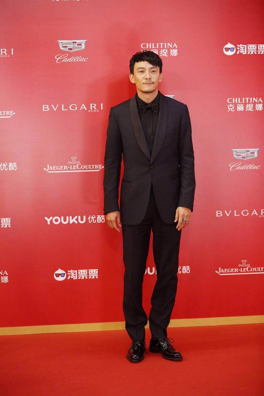 張震以上海電影節評審的身分亮相。圖/摘自看電影微博