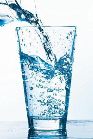 讓身體保持水分充足,能維持生理代謝機能,對皮膚好,也能保持血糖及血壓的穩定。 圖...
