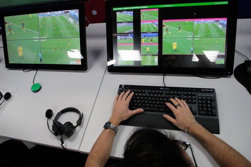 本屆世足啟用VAR影像助理裁判避免誤判的悲劇再次發生,讓比賽的公平性更加提升。 ...
