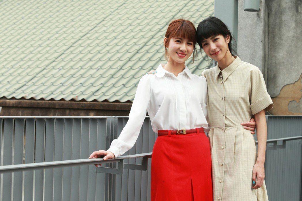 温貞菱(右)、連俞涵合作「奇蹟的女兒」。記者徐兆玄/攝影
