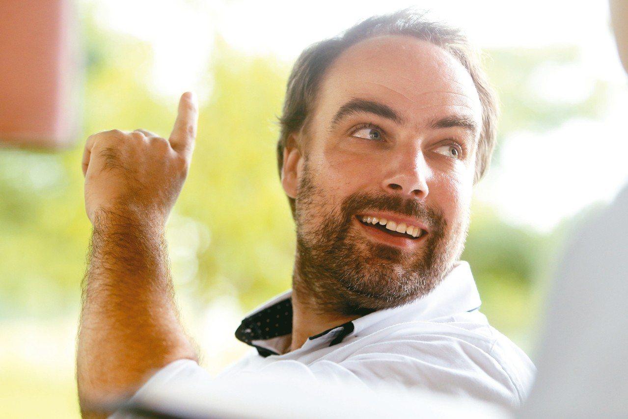 加冷河設計總監,托比亞斯.鮑爾(Tobias Baur)。 記者黃仲裕/攝影
