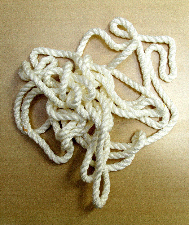 曾看解結自救片11歲童尼龍繩纏頸命危。聯合報系資料照片