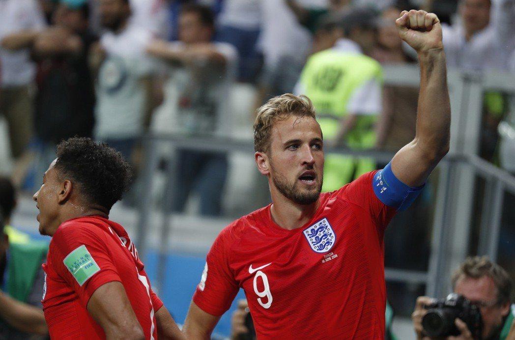 24歲的年輕隊長凱恩證明自己就是英雄命,也是英格蘭足球的新救世主。 歐新社