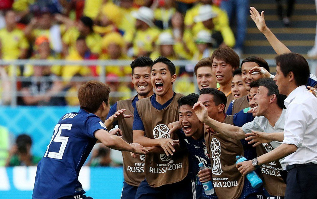 大迫勇也慶祝進球。 路透