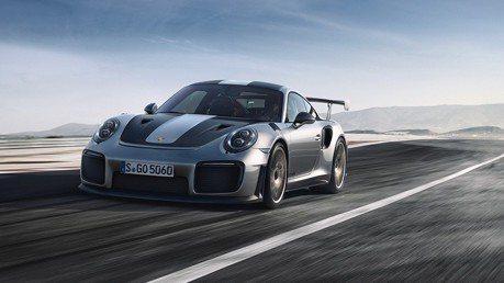 (影音)2輛Porsche 911 GT2 RS狂飆紐柏林!素人能跑進7分嗎?