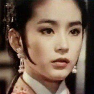林青霞的古裝扮相仍然美麗動人。圖/摘自HKMDB