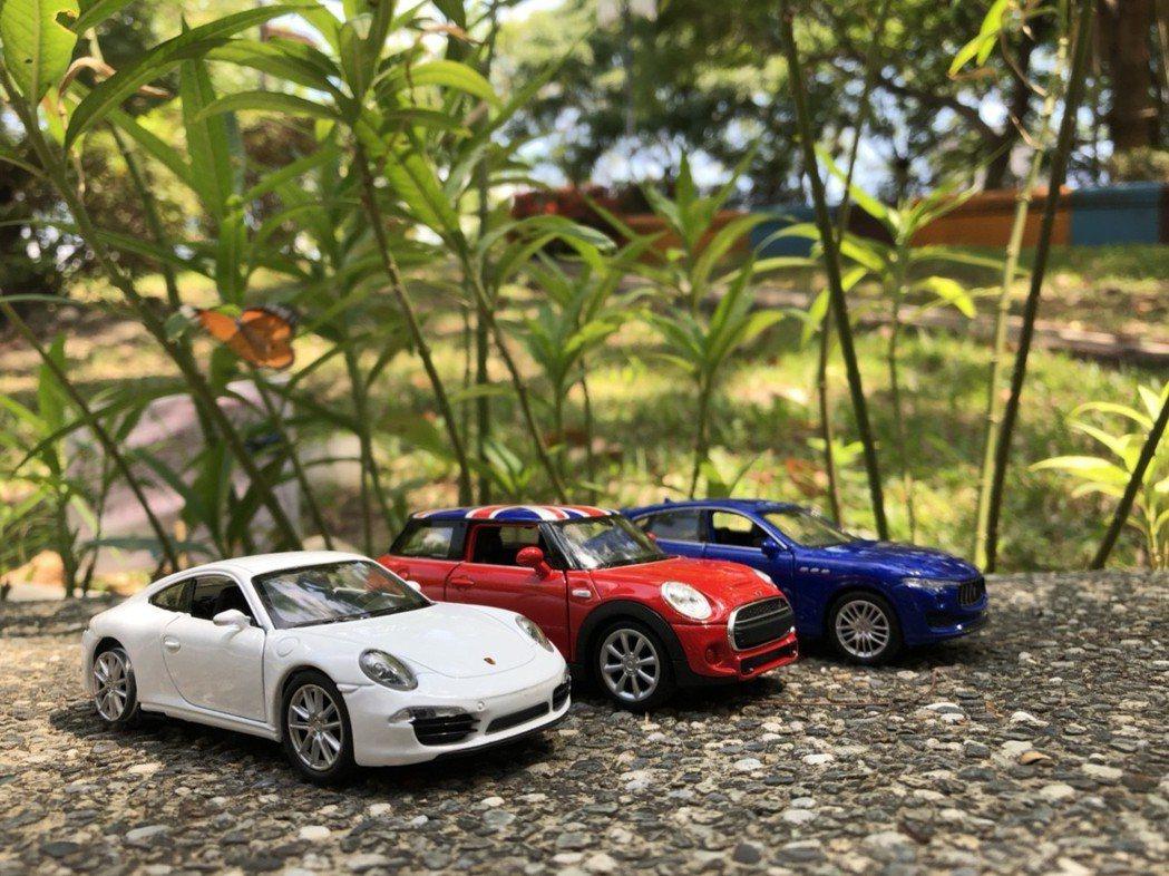 85度C門市單筆消費滿150元,可以169元加購其中一款模型車,6月21日起開跑...
