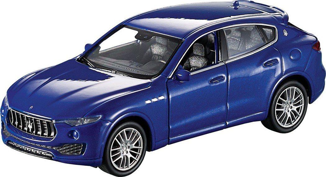 藍色Maserati Levante,尺寸約12*3.5*3.5公分。圖/85度...