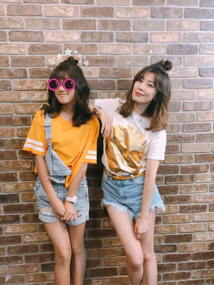 賈靜雯與女兒Angel合照被讚根本是姊妹。圖/摘自臉書