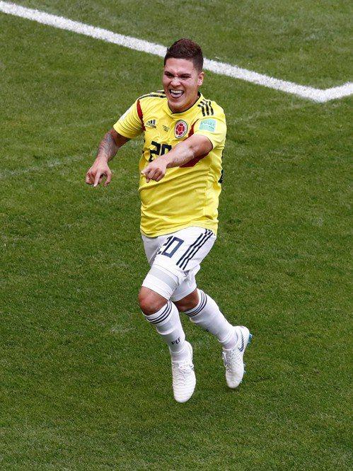 哥倫比亞昆特羅進球扳平,準備迎接隊友慶賀。 路透