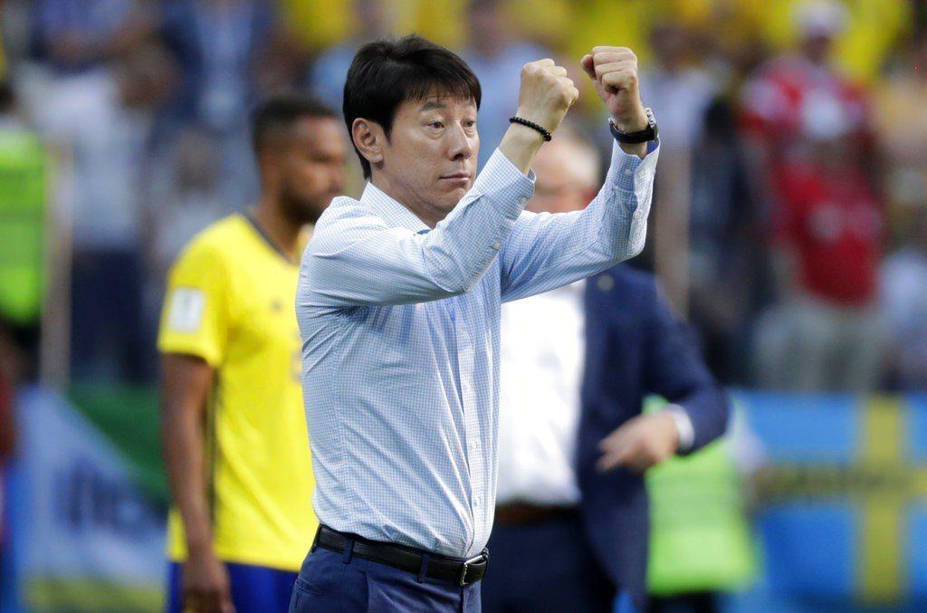 南韓總教練申台龍。 美聯社