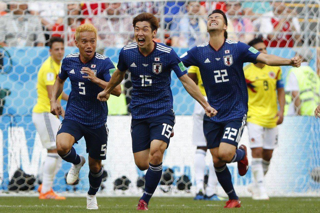 日本以2:1大爆冷門踢贏哥倫比亞。 攝影/廖廷儀