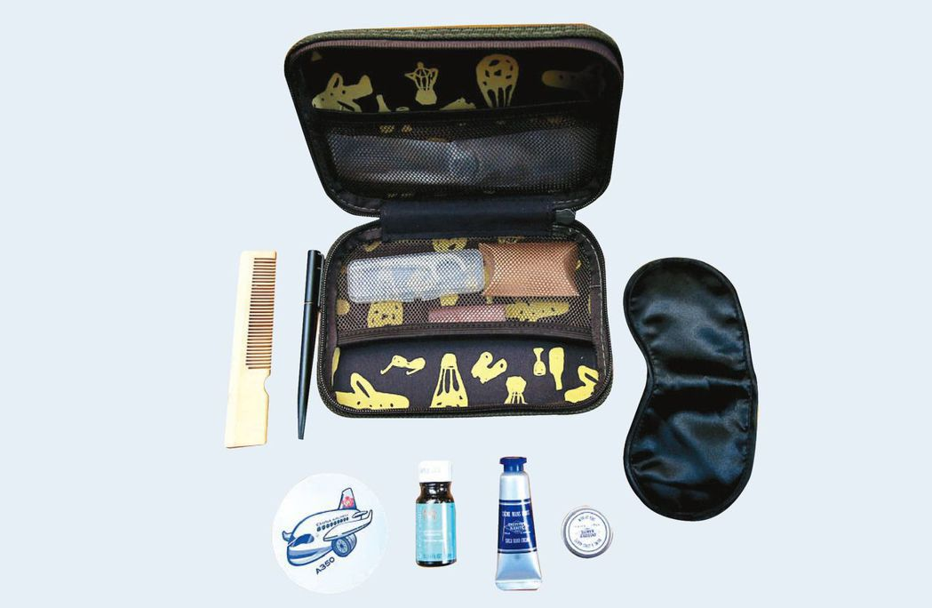 華航商務艙過夜包也換成硬盒的外包裝,不少旅客都很喜歡。