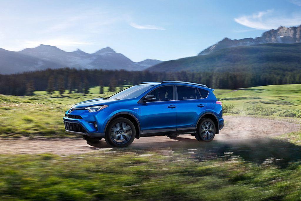 即將大改款的Toyota RAV4 Hybrid,現行款仍有亮眼的油耗成績。 圖/Consumer Reports提供