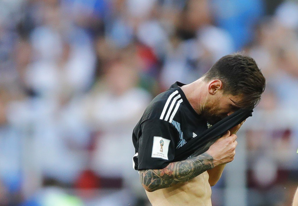 梅西為了阿根廷國家隊付出甚多,壓力大到他多次落下男兒淚。 美聯社