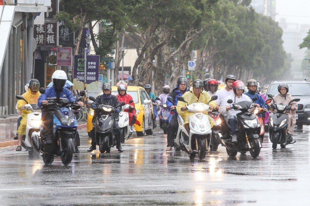 梅雨的預測有變化了。 聯合報系資料照片/記者陳柏亨攝影