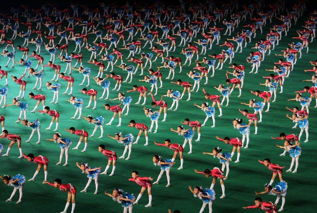 2013年阿里郎大會操,有兒童參加表演。 (美聯社)