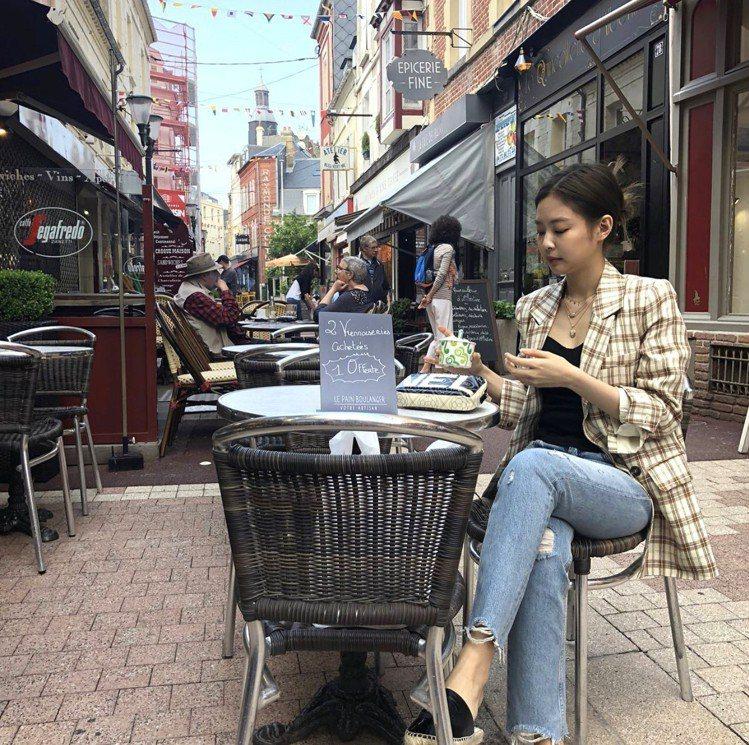 BLACKPINK成員Jennie(金珍妮)。圖/擷自instagram