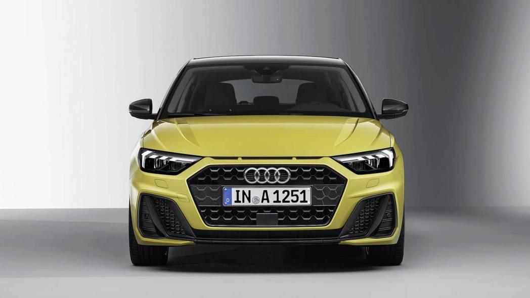 銳角型水箱罩、加大氣壩、重新排列的日行燈,活力十足。 摘自Audi