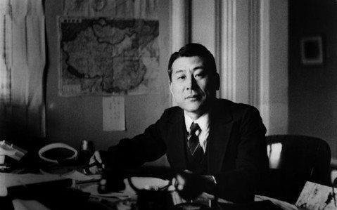 日本辛德勒:外交官杉原千畝,日本二戰形象的救星?
