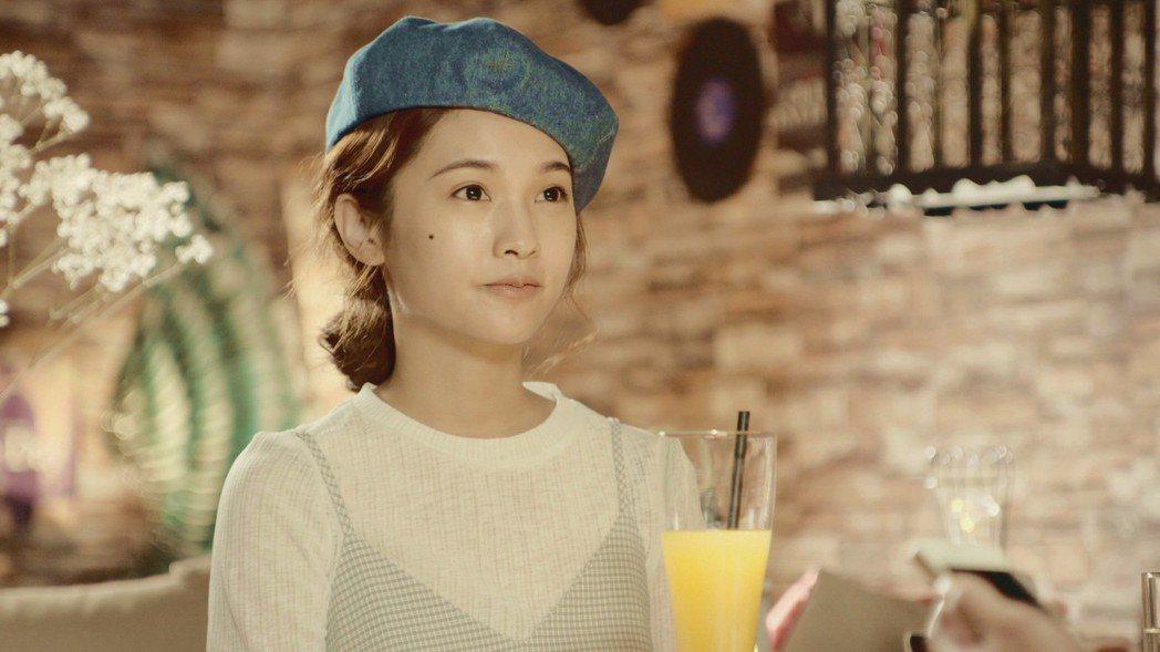 楊丞琳戴典雅貝蕾帽。圖/八大提供
