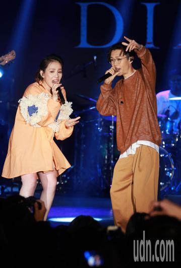 《2018GMA金曲國際音樂節》正式展開為期三天的系列活動。今天晚上在NeoStudio舉行的「金曲售票演唱會」由J.Sheon、王詩安、周興哲、王若琳等,四組歌手樂團輪番開唱。