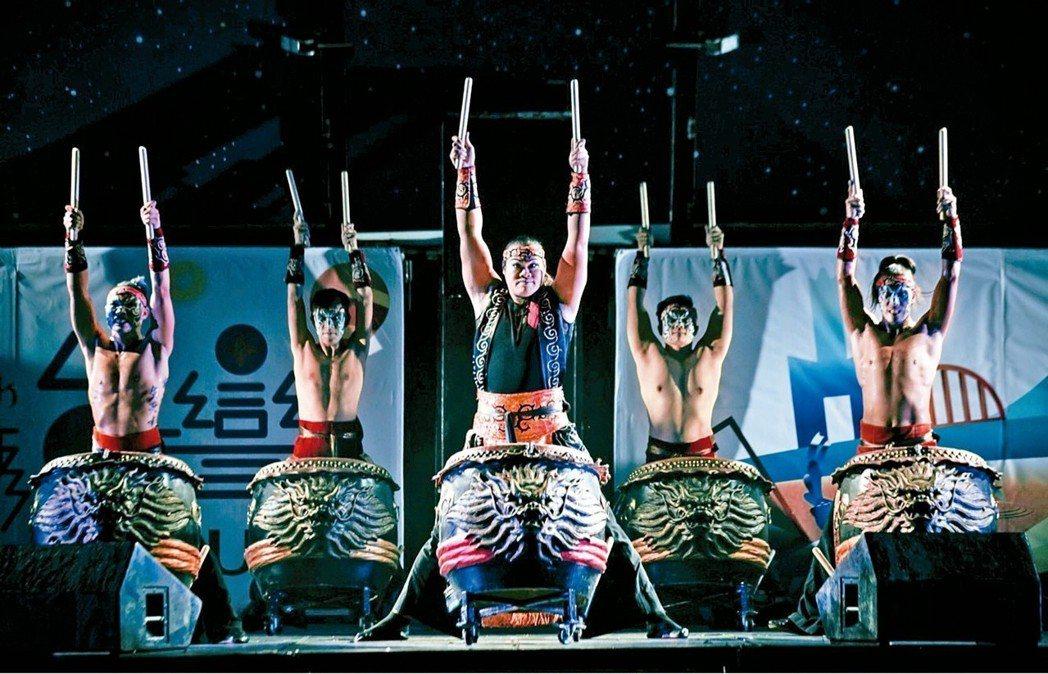 九天民俗技藝團明天在吉安、後天在鳳林演出。 圖/紙風車提供